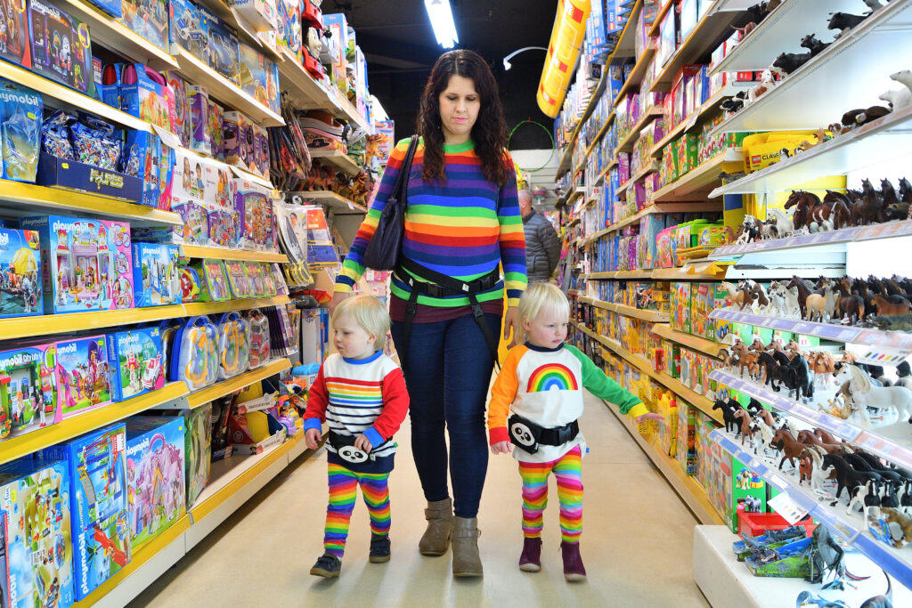 Shopping with twins and the Adventure Belt