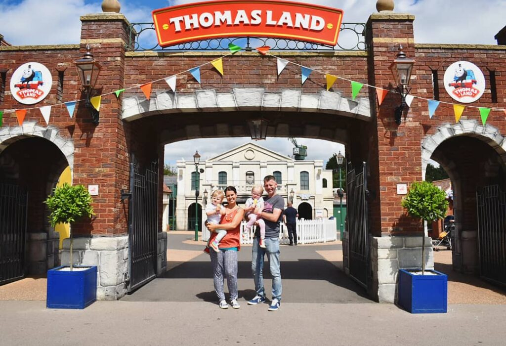 thomas land drayton manor review
