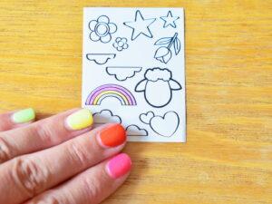 rainbow nails and rainbow colouring