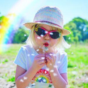 ideas for rainbow photos with kids