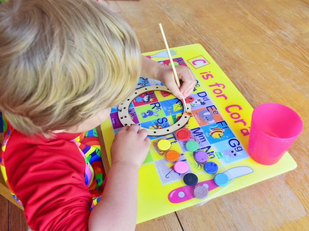 painting rainbow dreamcatcher