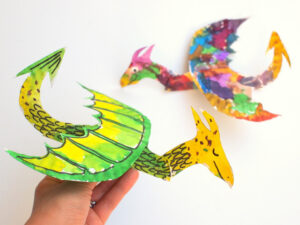paper plate dragon