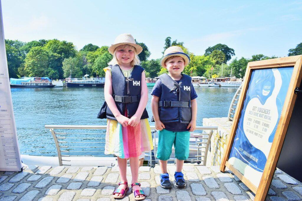 Twins in buoyancy aids GoBoat