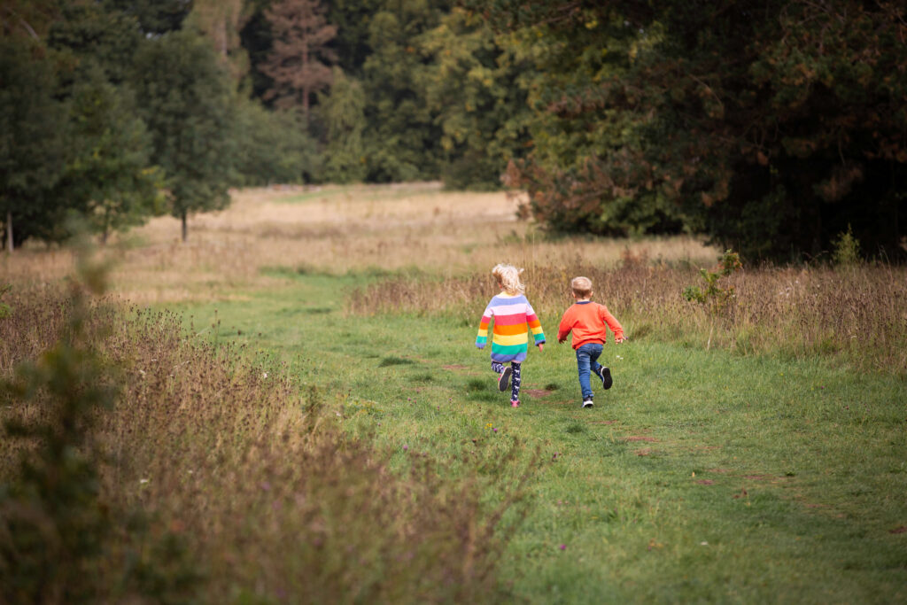 twins running in nonsuch park
